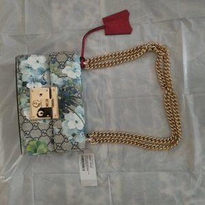 Gucci small  GG handbag bag  style 409487